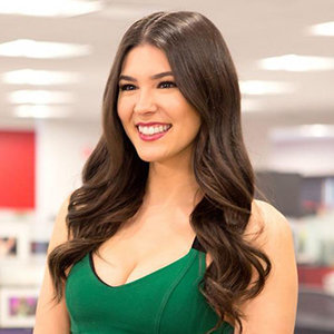 Cathy Kelley Wiki, Boyfriend, Dating, Affair, Net Worth