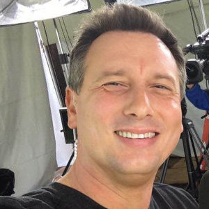 Chris Burrous KTLA, Wiki, Age, Death Reason, Funeral, Family