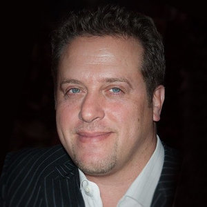 Chris Laurita & Jacqueline Laurita: Wiki & Their Combined Net Worth