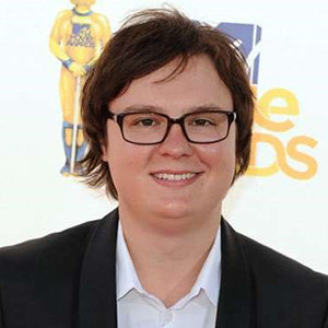 Clark Duke Dating, Gay, Family, Net Worth