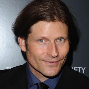 Crispin Glover Girlfriend, Gay, Family, Net Worth