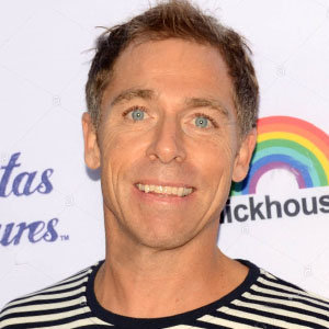 Dave England Married Life With Wife, Details On Children & Net Worth