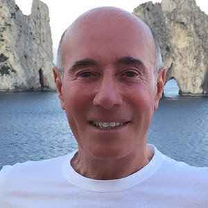 Inside David Geffen Personal Life & How He Built His Billion-Dollar Empire