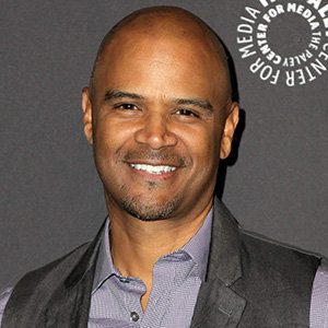 Dondre Whitfield Wiki, Wife, Parents, Ethnicity, Net Worth