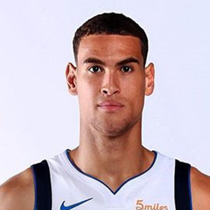 Dwight Powell Girlfriend, Dating, Parents, Family