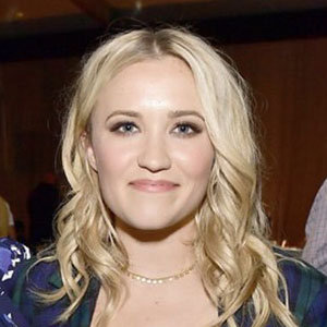 Emily Osment Boyfriend, Family, Net Worth