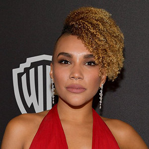 Emmy Raver-Lampman Wiki, Husband, Parents