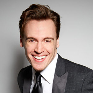 Erich Bergen Gay, Wife, Married, Age, Family, Net Worth