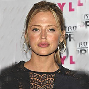 Estella Warren Net Worth, Boyfriend, Now