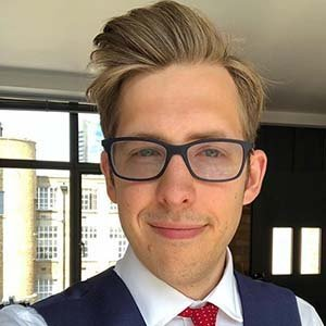 Evan Edinger Bio: Age, Dating, Married, Sexuality Talks, Education