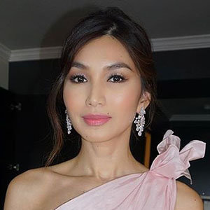 Gemma Chan Husband, Boyfriend, Ethnicity, Net Worth
