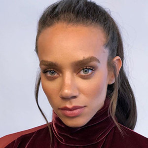 Hannah John-Kamen Married, Parents, Ethnicity, Net Worth