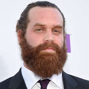 Harley Morenstein Girlfriend, Net Worth, Wiki, Is Canadian Actor Gay?