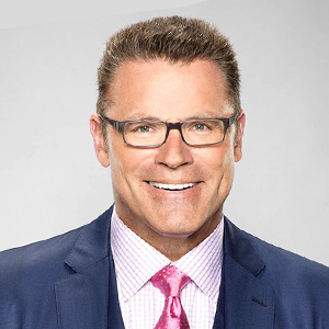 Howie Long Flaunts Proud Family With Wife, Married Life & Sons Details