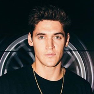 Isaac Carew Wiki, Age, Family, Net Worth | Dua Lipa's Boyfriend Facts