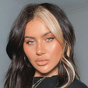 Jamie Genevieve Wiki Reveals Husband, Wedding & Tattoos Details