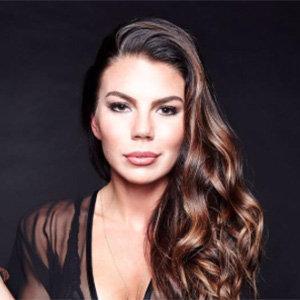 Jenna Owens Wiki: Age, Fiance, Dating, Net Worth, Salary