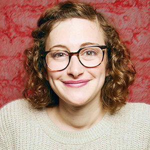 Jo Firestone Wiki, Age, Engaged, Boyfriend, TV Shows