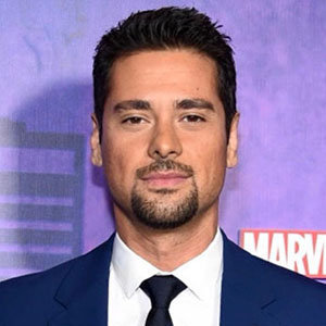 J.R. Ramirez Married, Wife, Height, Net Worth
