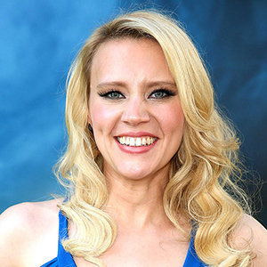 Kate McKinnon Girlfriend, Gay, Family