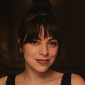 Krysta Rodriguez Bio, Age, Married, Family