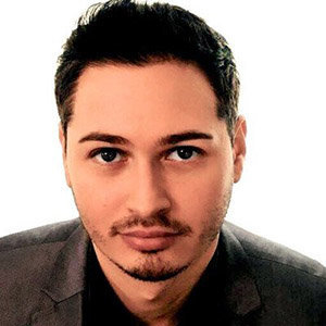 Kyle Kulinski Wiki, Wife, Gay, Salary, Net Worth