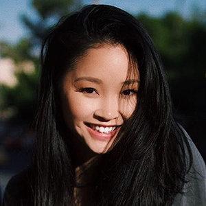 Lana Condor Wiki, Boyfriend, Dating, Ethnicity, Height, Parents