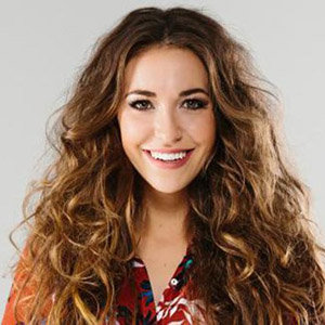 Lauren Daigle Husband >> Lauren Daigle Husband, Boyfriend, Age, Height, Parents