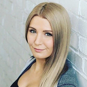 Lauren Southern Boyfriend, Husband, Sister, Height, Net Worth
