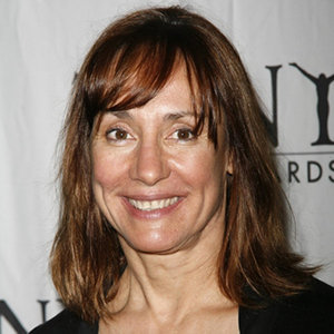 Laurie Metcalf Husband, Lesbian, Children, Net Worth