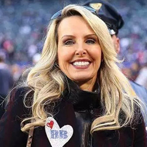 Linda Holliday Wiki, Age, Net Worth, Bill Belichick