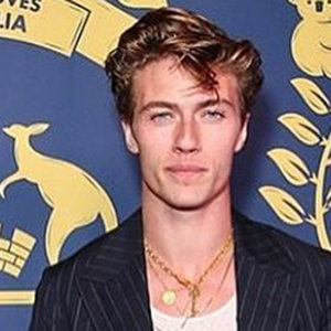 Who is Lucky Blue Smith Girlfriend? Daughter, Net Worth, Family
