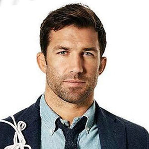 Luke Rockhold Wiki, Net Worth, Wife, Family