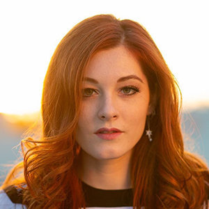 Mandy Harvey Husband, Family, Net Worth