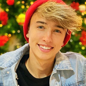 Maverick Baker Wiki, Age, Girlfriend, Net Worth