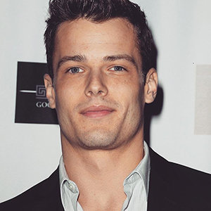 Michael Mealor Wife, Partner, Height, Gay
