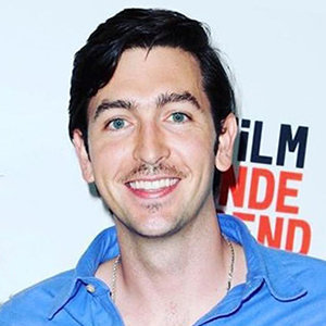 Nicholas Braun Girlfriend, Dating, Gay, Height, Age, Net Worth