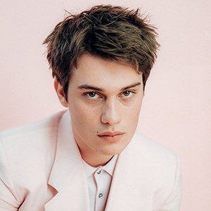 Nicholas Galitzine Wiki, Gay, Wife, Parents, Net Worth
