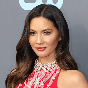 Olivia Munn Husband, Ethnicity, Net Worth