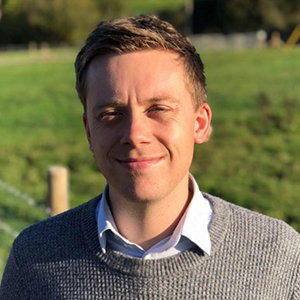 Owen Jones Wiki, Gay, Family, Net Worth