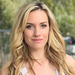 Paige Spiranac Wiki, Husband, Boyfriend, Engaged, Dating, Net Worth