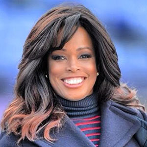 Pam Oliver Salary, Net Worth, Husband, Bio