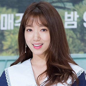 Park Shin-hye Boyfriend, Dating, Weight Loss, Net Worth