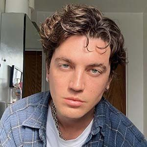 Paul Klein Wiki: Age, Songs, Dating Status, Girlfriend & More