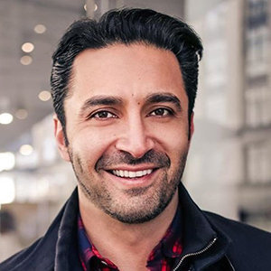 Pej Vahdat Married, Gay, Family, Religion