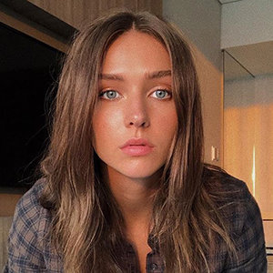 Rachel Cook Wiki, Boyfriend, Net Worth, Family