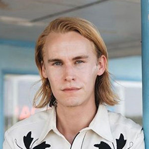 Reprisal's Rhys Wakefield Dating Status Now, Who Is Girlfriend?