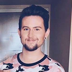 Openly Gay Ricky Dillon Wiki, Age & Family Details