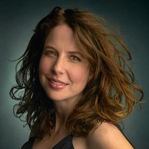 Robin Weigert Married, Husband, Lesbian, Dating, Net Worth