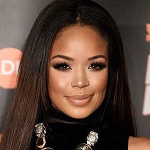 Sarah-Jane Crawford Husband, Parents, Net Worth